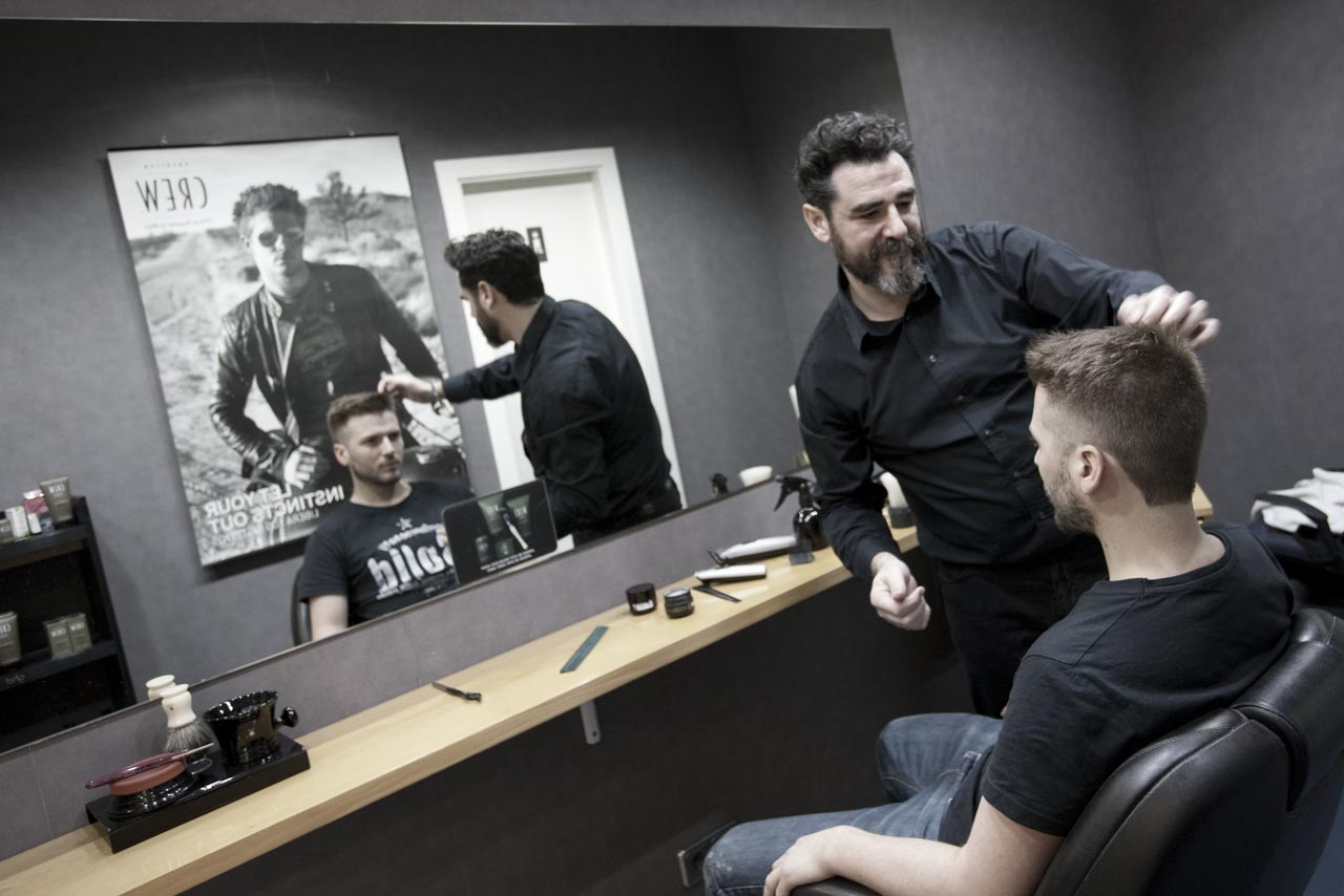 Javier ayensa peluquer a barber a estilismo for Salones de peluqueria decoracion fotos